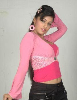 Aarthi Puri Hot & Spicy Photoshoot Stills