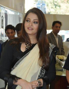 Aishwarya Rai Inaugurates Longines Showroom, Hyderabad