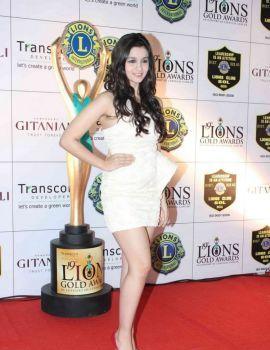 Alia Bhatt at 19th Lions Gold Awards at Bhaidas Hall in Vile Parle, Mumbai