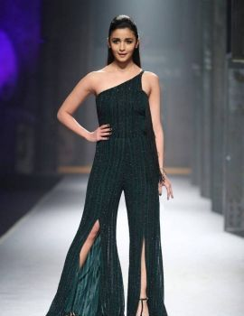 Alia Bhatt at Maybelline New York India Event