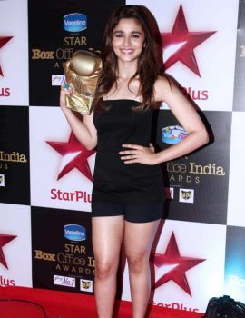 Alia Bhatt at the First Star Box Office India Awards