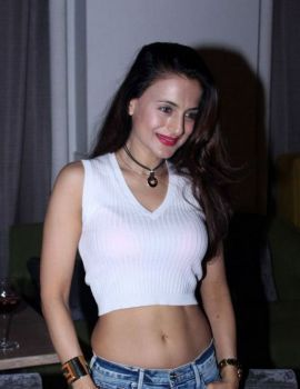 Ameesha Patel at The Korner House in Bandra Photos