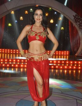 Amisha Patel Hot Red Dress Stills at Aakatayi Item Song Sets