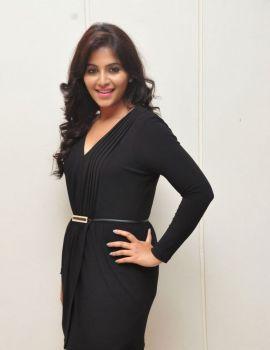 Anjali in Black Dress at Geethanjali Movie Press Meet