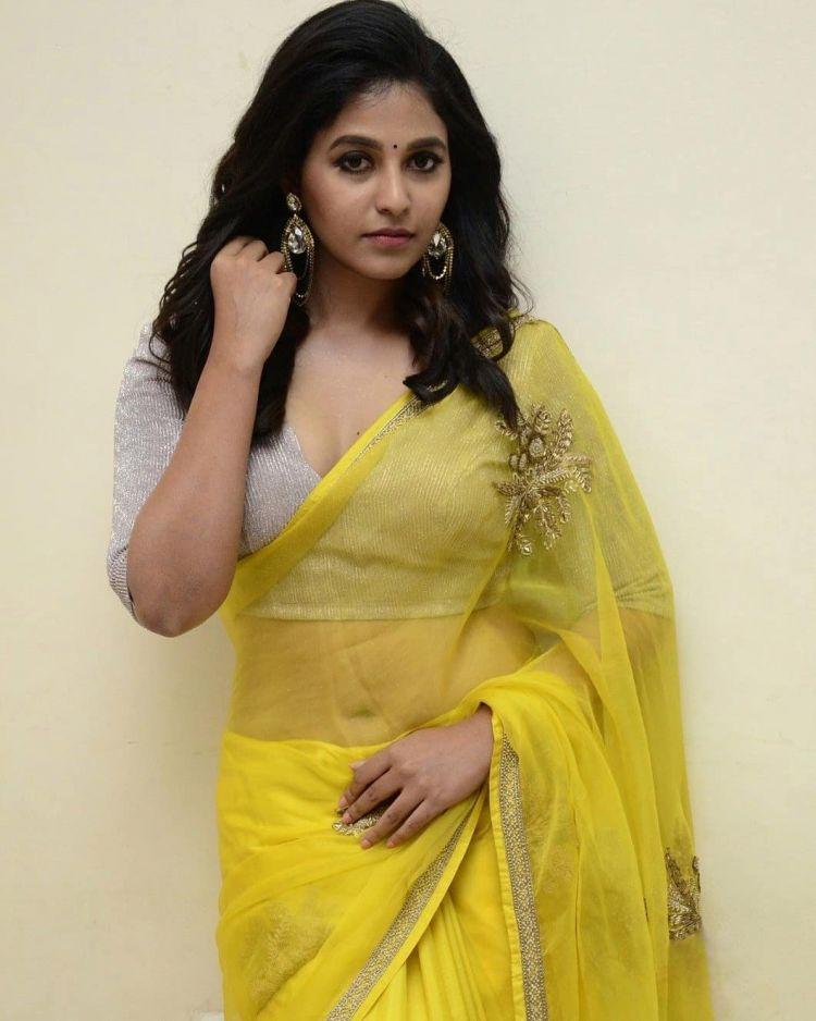 Anjali Photos at Vakeel Saab Pre-Release Event