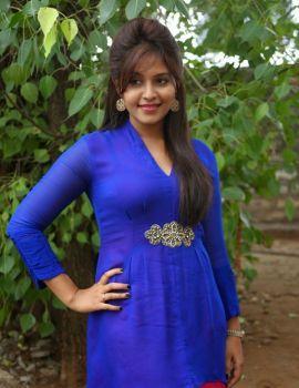 Anjali Stills at Geethanjali Movie Press Meet