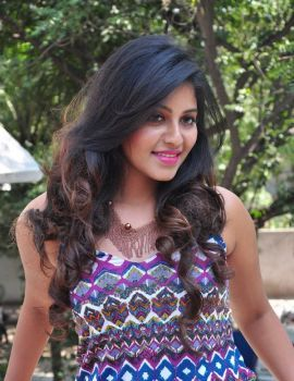 Tamil Actress Anjali at Chitrangada Trailer Launch