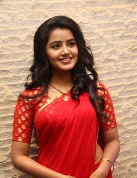 Anupama Parameswaran in Red Saree at Sathamanam Bhavati Success Meet