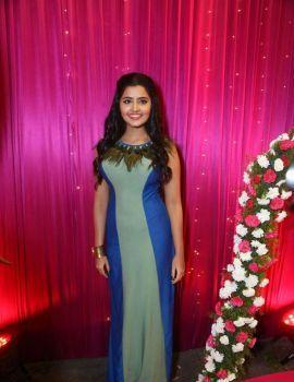 Anupama Parameswaran Stills at Zee Telugu Apsara Awards 2017