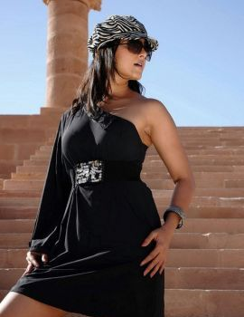 Actress Anushka Shetty in Black Dress at Ragada Movie