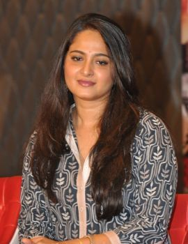 Anushka Shetty at Rudramadevi Press Meet