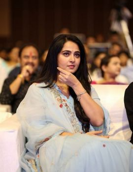 Telugu Actress Anushka Shetty Photos at HIT Movie Pre-Release Event