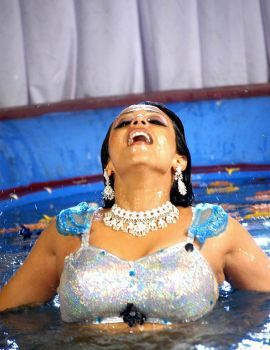 Asha Saini Spicy Dance Stills