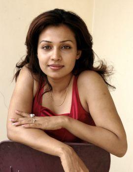 Telugu Actress Flora (Asha Saini) Photoshoot Stills