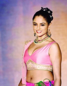 Asmita Sood Photos at Fashion Show