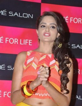 Asmita Sood Photos at Lakme Salon Press Meet