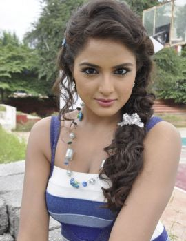 South Indian Actress Asmita Sood Hot Thigh Show Stills