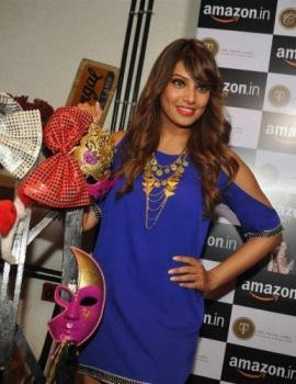 Bipasha Basu Look Stunning at Amazon Event