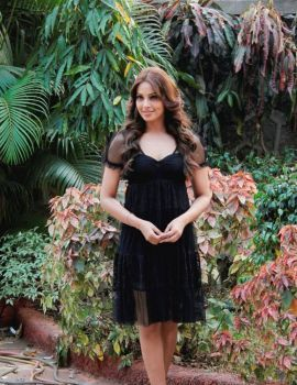 Bollywood Actress Bipasha Basu Latest Stills in Black Dress