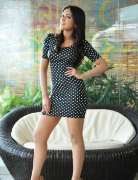 Catherine Tresa Latest Photoshoot