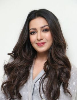 Catherine Tresa Stills at World Famous Lover Movie Interview