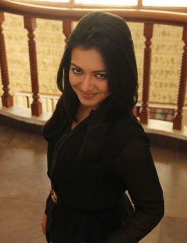 Telugu Actress Catherine Tresa Photos in Black Dress
