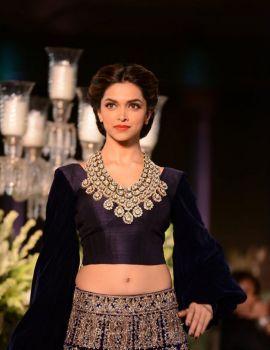 Deepika Padukone Walks for Manish Malhotra