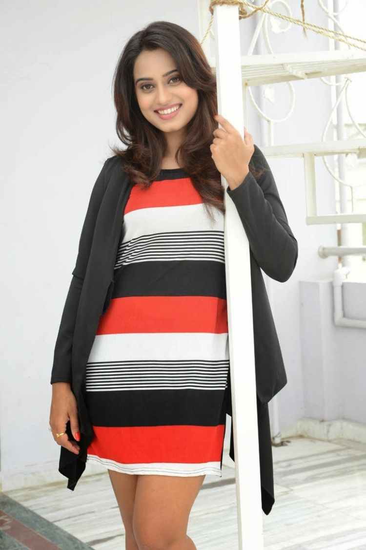 Telugu Actress Dimple Chopade Latest thigh Show Photoshoot Stills