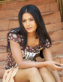 Divyaa Dwivedi Latest Photoshoot Stills
