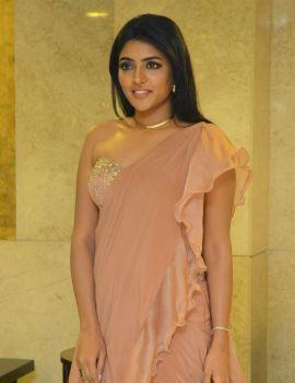 Telugu Actress Eesha Rebba at Ragala 24 Gantallo Movie Pre Release Function