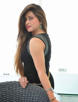 Glamorous Telugu Heroine Farah Khan Latest Stills