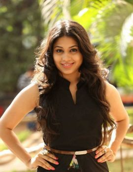 Hamida Photo Shoot Stills in Black Sleeveless Dress