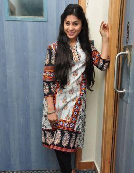 Hamida Photos at Sahasam Seyara Dimbaka Song Launch