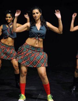 Hamsa Nandini Sizzling Navel and Thigh Exposure in Mini Skirt