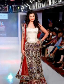 Hamsa Nandini Stills at HI Fashion Week