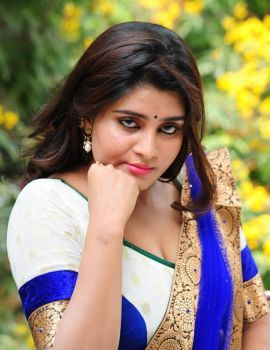 Telugu Actress Harini Navel & Cleavage Show Stills