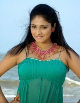Haripriya Hot Thigh Show Stills