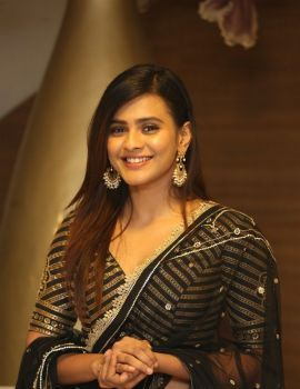 Hebah Patel at 24 Kisses movie Audio Launch