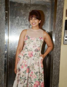 Huma Qureshi in Floral Dress at Film Badlapur Screening