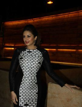Huma Qureshi Stills at Cine Blitz Magazine Launch