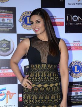 Huma Qureshi Stills at Lions Awards 2016