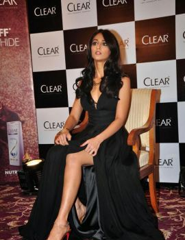 Actress Ileana D'cruz launches Clear shampoo New Range