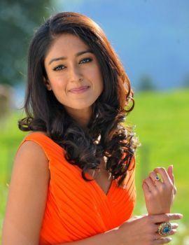 Telugu Actress Ileana D'Cruz Stills from Devudu Chesina Manushulu film