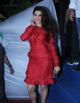 Jacqueline Fernandez Celebrated Christmas with Kids from Angel Xpress Foundation