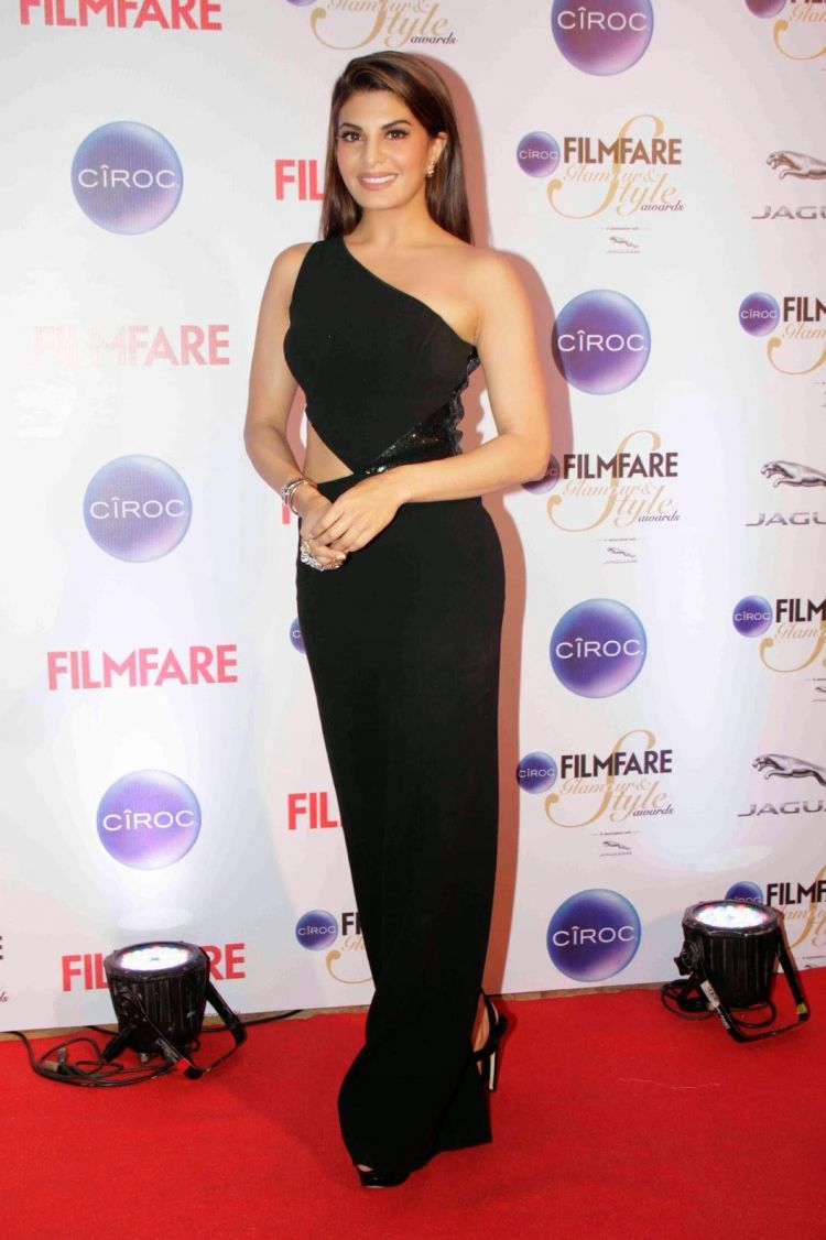 Jacqueline Fernandez in Black Dress at Ciroc Filmfare Glamour Style Awards