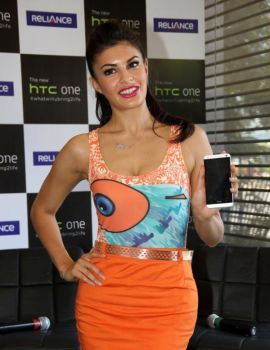 Jacqueline Fernandez Stills at New HTC One Mobile Phone Launch