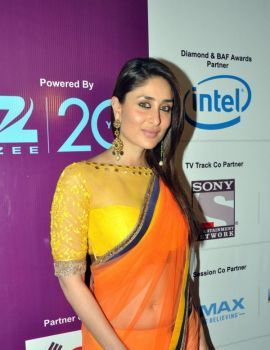 Kareena Kapoor in Orange Saree at FICCI Frames 2013 Inauguration