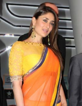 Kareena Kapoor in Orange Saree at FICCI Frames 2013 Inauguration