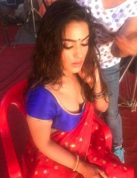 Kavya Thapar stills at Sets of Kohinoor Condom Ads shoot