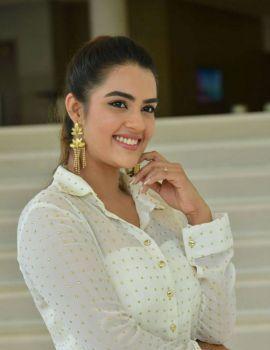 Kavya Thapar Stills from Ee Maya Peremito Movie First Look Teaser Launch